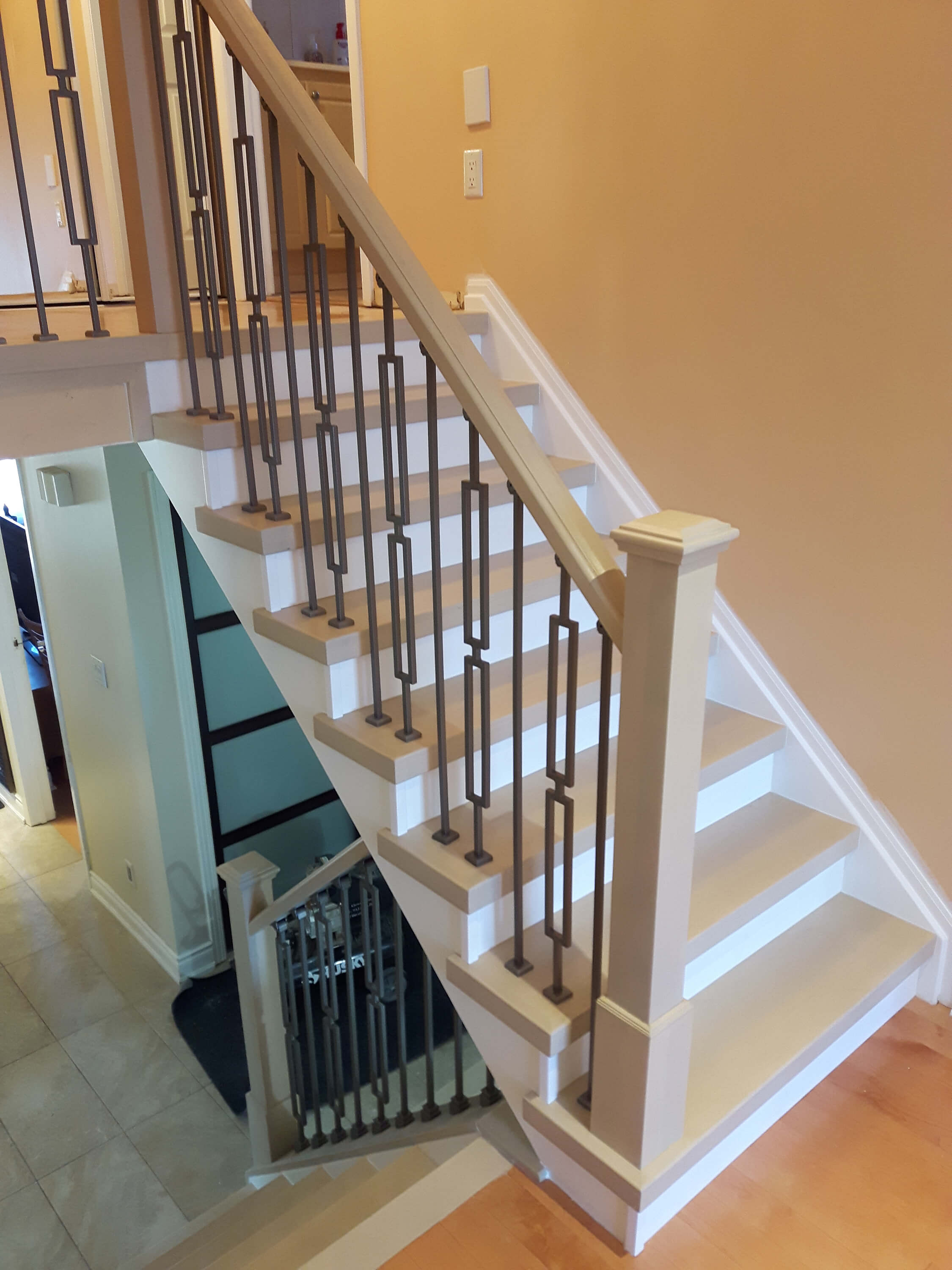 Staircase Installation And Stairs Refacing In Mississauga